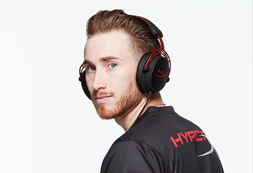 Photo of HyperX Influencer Gordon Hayward wearing HyperX Cloud Alpha gaming headset while looking over his shoulder Promotional Shoot