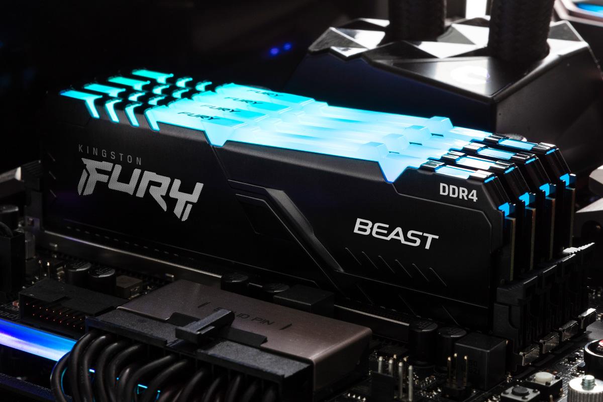 PC 내부에 설치된 Kingston FURY Beast RGB