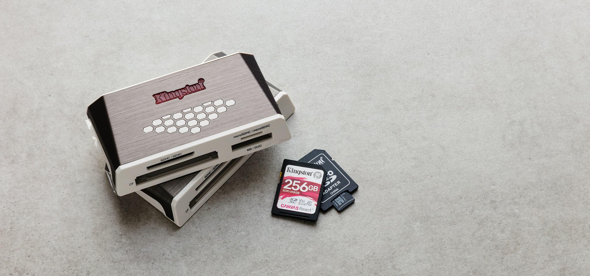 USB 3.0 High-Speed Media Reader