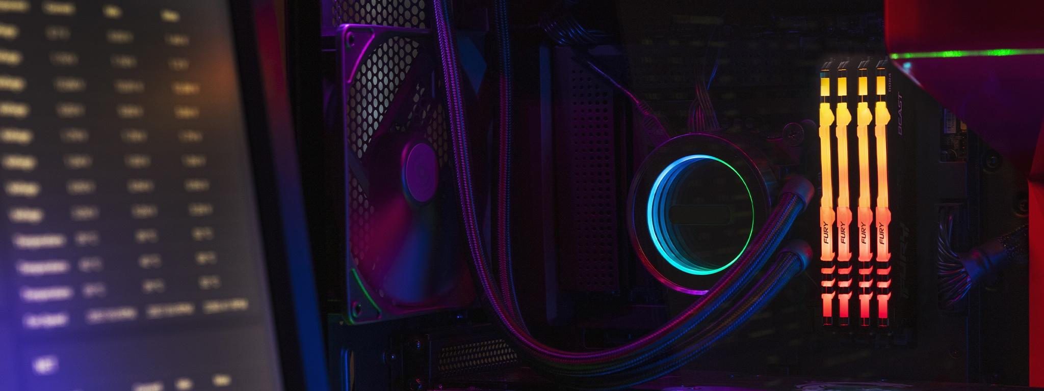 Kingston FURY Beast RGB와 CPU 냉각 팬, PC 사양 왼쪽의 모니터와 마더보드가 선으로 연결됨