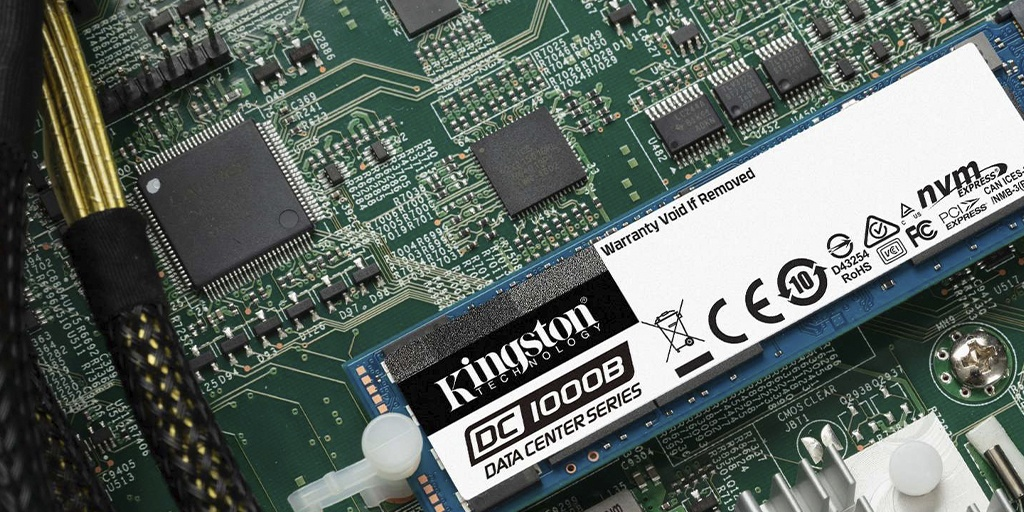 Kingston DC1000B NVMe SSD installed in a motherboard