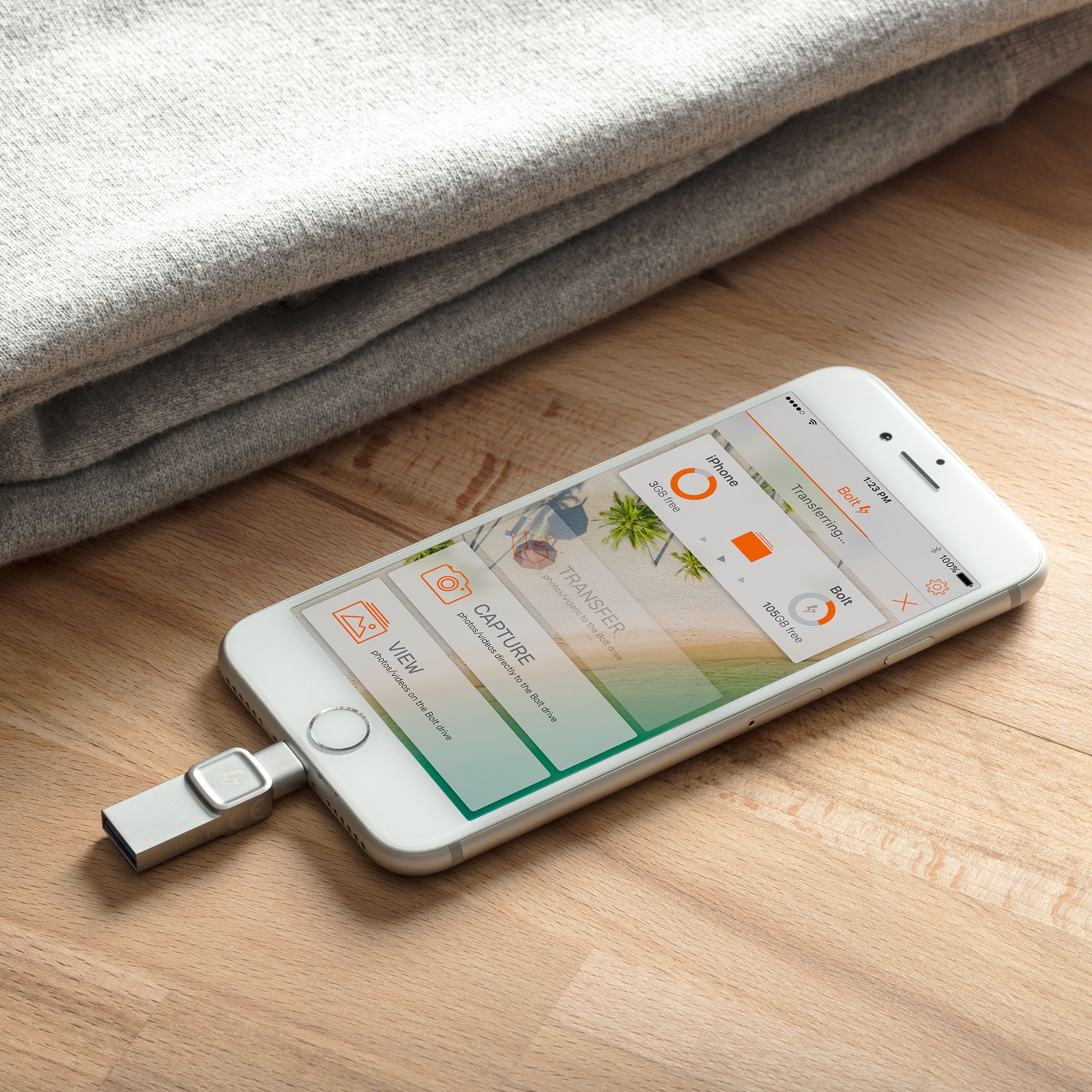 new concept 54df5 f8b0c DataTraveler Bolt Duo USB Flash Drive for iPhones and iPads